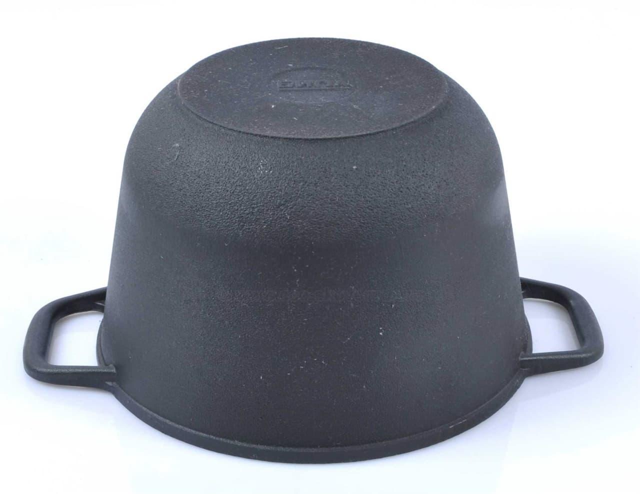 Кастрюля чугунная 3 л. с крышкой сковородой БИОЛ 0203