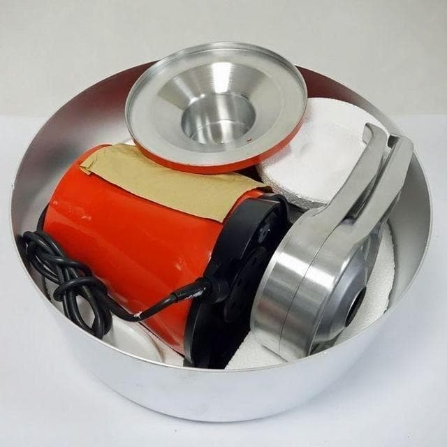 Сепаратор для молока Мотор Сич 100-18, 100 л/ч, 12 л.,мет. корпус, мет. чаша - фото 5877