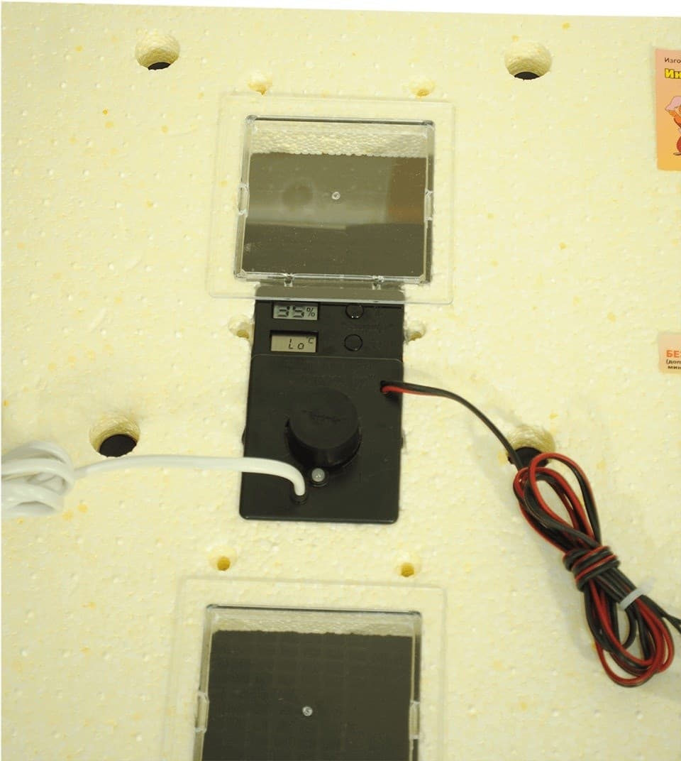Инкубатор Золушка 98 яиц, автопереворот, 220В, аналоговый терм., гигрометр - фото 9723